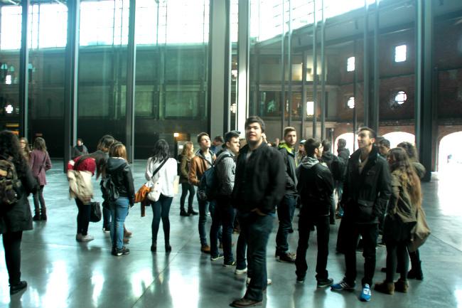 Alumnos de Creanavarra a su llegada a La Alhóndiga