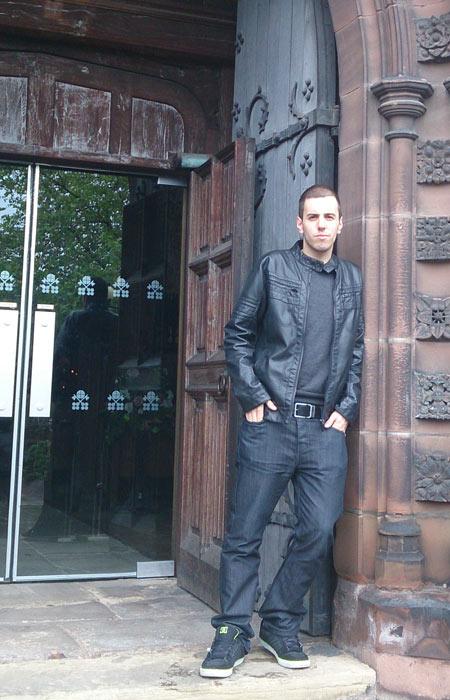 Iván Revuelva, exalumno de Creanavarra, en la Universidad de Wolverhampton