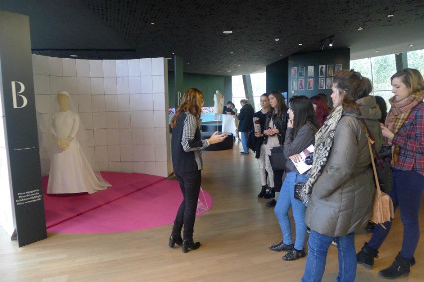 creanavarra fuera aula museo Balenciaga 2