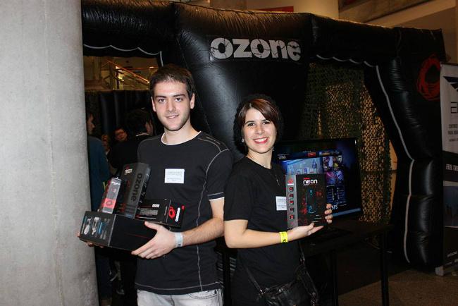 Ibon y Marta,alumnos de Diseño y Creación de Videojuegos