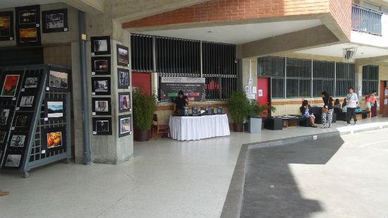 Stand de Creanavarra en el Festival Intercolegial de Humanidades.